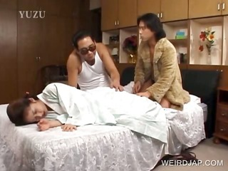 japanese hotty gets slit licked
