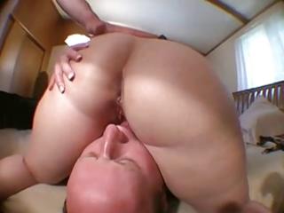 balding hubby licks wifes twat after pal bonks