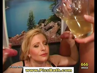piss drinking doxy receives goldenshower in