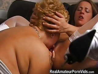 mature bulky housewives toy and assplay
