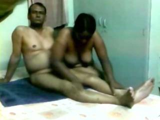 older indian homemade porn clip