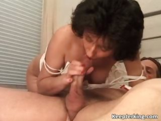 aged brunette hair slut gets hairy wet crack part9