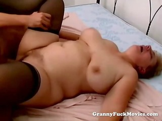 overweight hairy granny does smutty