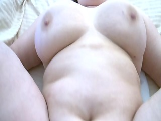 older wife receives anal creampie