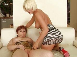 bulky granmda vs hawt young blond