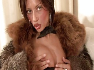 breasty dark brown d like to fuck in furry coat