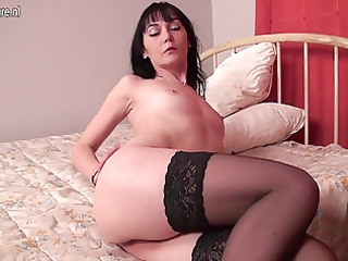 dilettante european housewife playing with herself