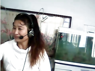 chinese d like to fuck shows breast and pants