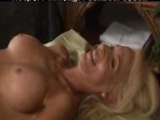 d like to fuck and granny lesbos 6 aged older