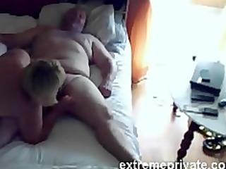 voyeuring mama engulfing cock neighbour