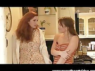 hawt red head lesbo mother i fucks ally