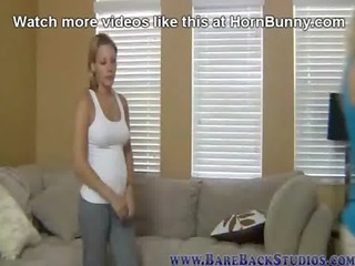 dad bangs me in the garage - hornbunny.com