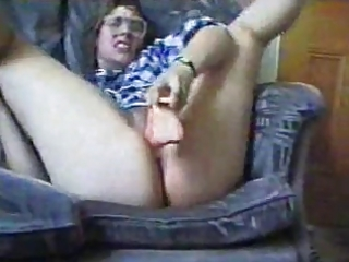 mother i wit big butt goes mad wit dildo..