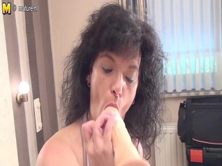 amateur old mother getting willing with her sex