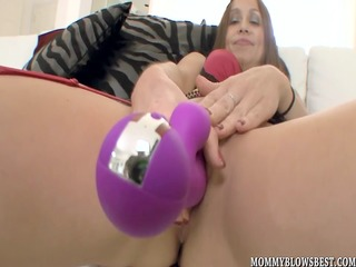 cheating wife julia silver showing off oral-job