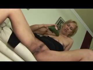 smutty granny d like to fuck acquires her slender