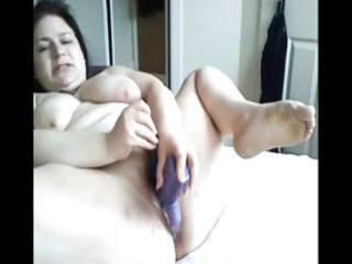 plumper dark brown mamma toys her corpulent fur