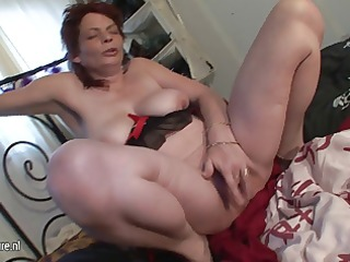 non-professional old mama squirting