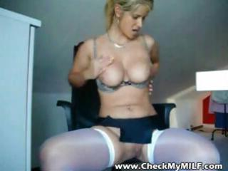 sexy milfs in nylons