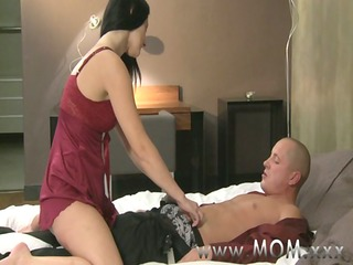 mama cougar wife fucks her paramour