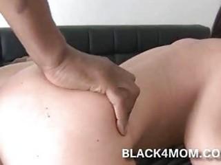 white d like to fuck rides on black knob cuz