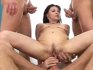 Gangbanged mom tubes