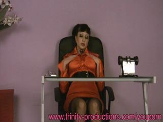 breasty secretary d like to fuck below the desk