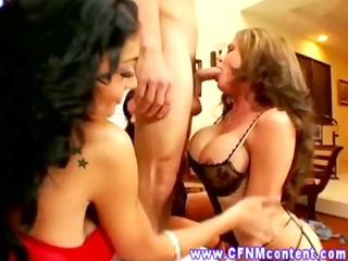 cfnm spin his wang around for head from the older