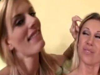 blond milfs blow