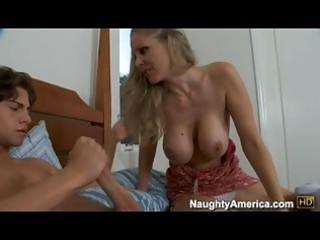 bitchy hawt momma julia ann deliciously fills her