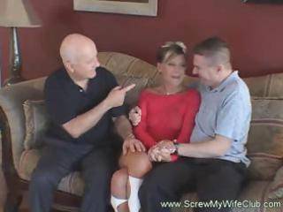 small wife gets her pussy licked in front of