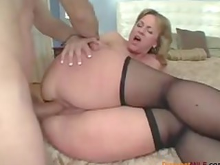 large ass mommy likes anal sex