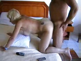 anal orgazm of a british abode wife