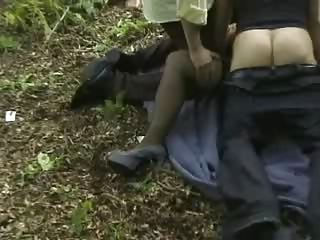 wife receives banged outdoors
