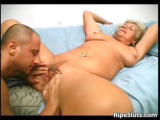 overrupe aged blonde floozy gets her old part4